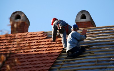 Trying to decide if it's time to call in Chicago Roofing Contractors to repair your roofing?