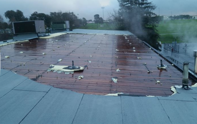 How to Extend the Life of a Commercial roof