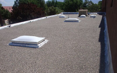 4 Signs That Your Tar & Gravel Roof Requires Repair